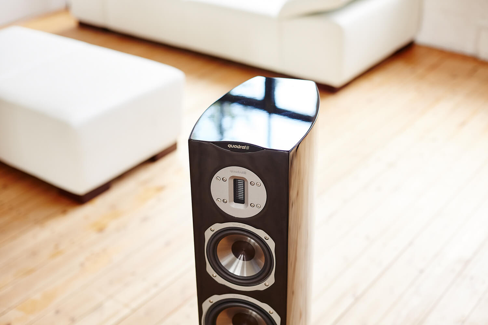 hifi design der online shop f r hochwertige unterhaltungselektronik quadral chromium style 6. Black Bedroom Furniture Sets. Home Design Ideas
